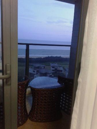 Ten Miles Silver Beach: Night view