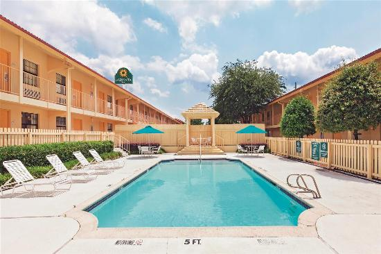 Magnuson Hotel Texarkana Reviews