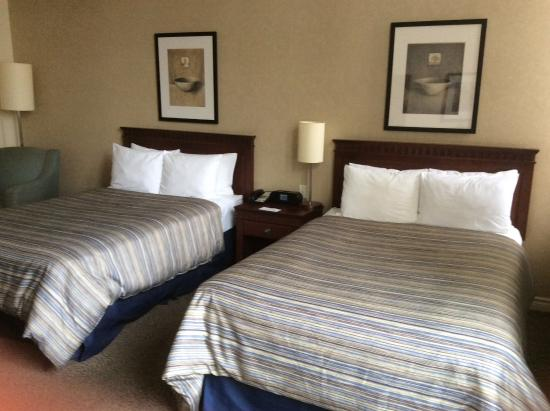 Le Square Phillips Hotel & Suites: Double room