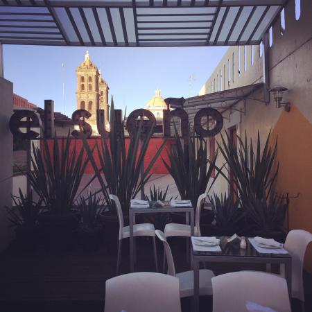 EL Sueno Hotel & Spa : Tarde de martinis en la terraza superior del restaurante bar.