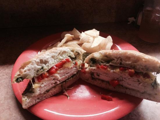 Grumpy's - Pollo Pesto Peperonata Sandwich