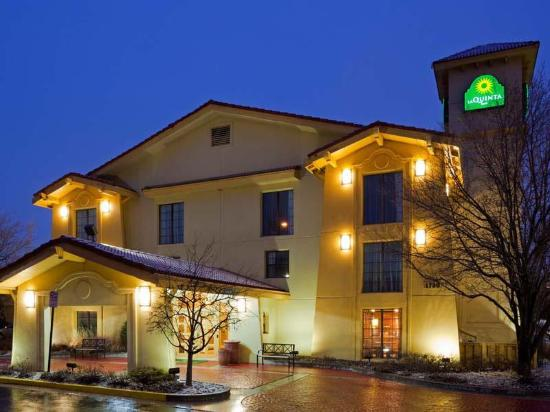 Photo of La Quinta Inn Chicago Schaumburg