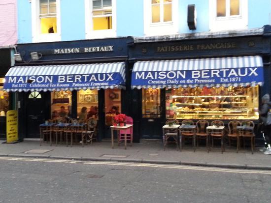 Dsc 0924 picture of maison bertaux london for Maison london