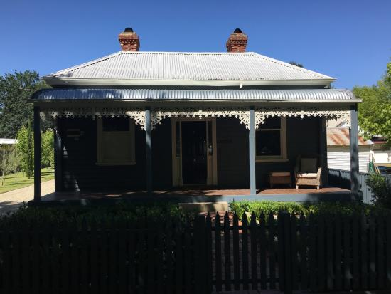 Belmont at Beechworth: the cottage