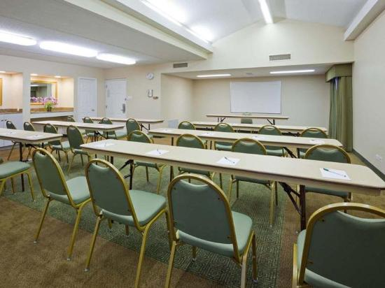 Hotel Meeting Rooms Cheap Chicago