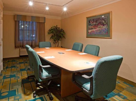 La Quinta Inn Chicago Oakbrook Terrace: Meeting room