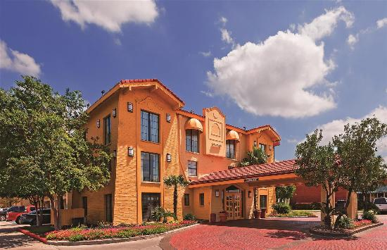 La Quinta Inn San Antonio Sea World Ingram Park: Exterior view