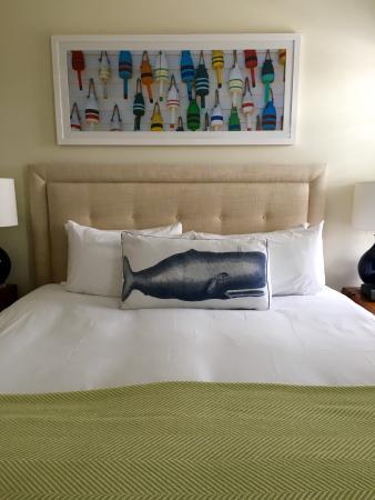The Nantucket Hotel & Resort: Great pillow!