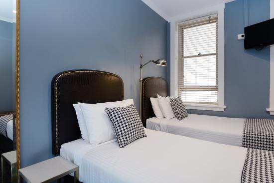 The Maisonette: Twin Room