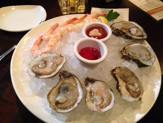 McCormick amp; Schmick39;s Seafood  Houston: Happy Hour $1 Each Oyster