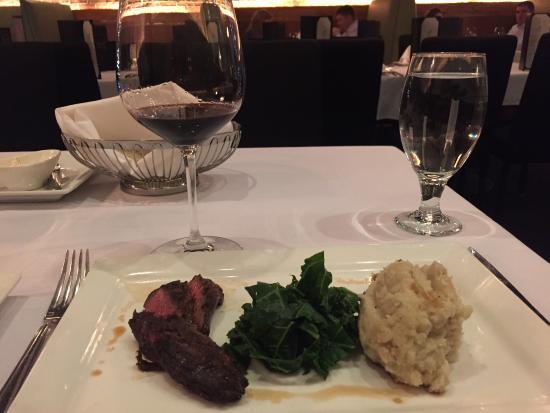 1515 Restaurant: photo1.jpg