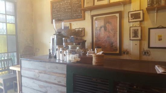 Bamsha Cafe