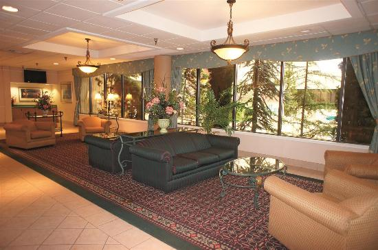 La Quinta Inn & Suites Tacoma Seattle: Lobby view