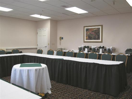 La Quinta Inn & Suites Tacoma Seattle: Meeting room