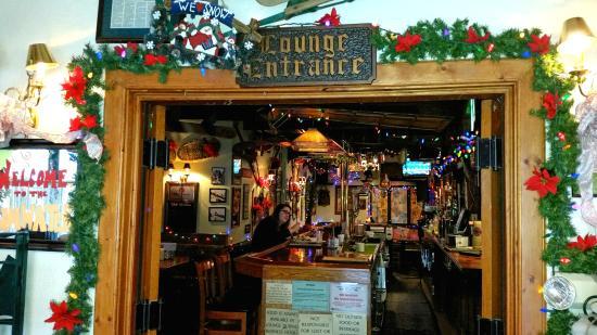 The Tumwater Inn Restaurant: The Tumwater Inn Lounge, adjacent o the restaurant.