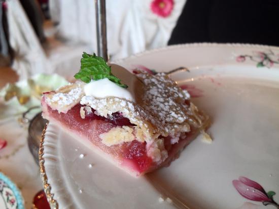 Long Grove, IL: Apple Cranberry tart.
