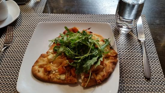 Hops and Vines: Roasted Butternut Squash Pizza w/ caramelized onions, goat cheese, and arugula.