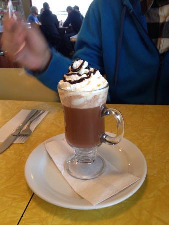 Hilltop Diner Cafe: photo3.jpg