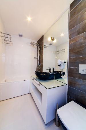 Pasha Moda Hotel: Bathroom