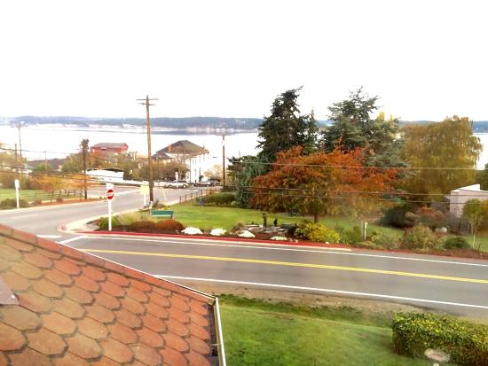 Coupeville, WA: Beautiful view from the side window in my room