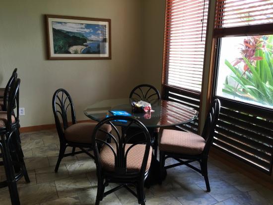 Poipu Kai Resort: Ruang makan