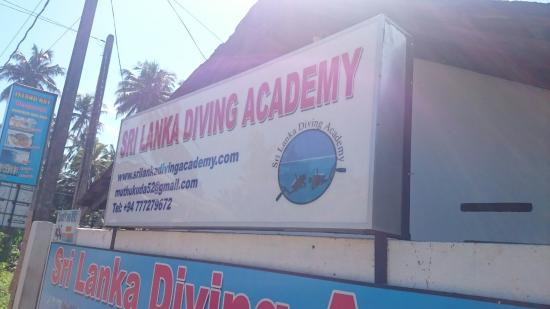 ‪Sri Lanka Diving Academy‬
