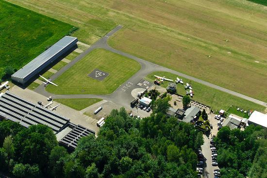 Flugplatz Grefrath-Niershorst