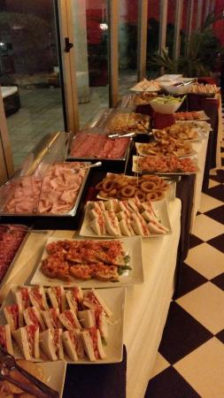 buffet picture of all american diner milan tripadvisor rh tripadvisor co za all american buffet menu all american buffet menu
