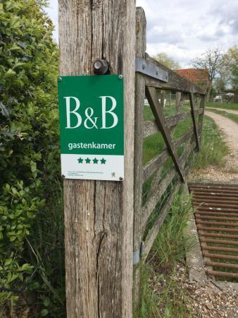 Alveringem, Bélgica: B&B met vier sterren.