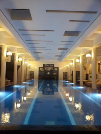 Amathus Beach Hotel Limassol: Amathus Hotel  indoor swimming pool