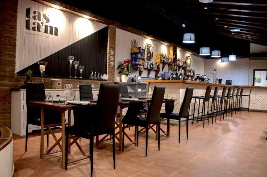 Tasta'm Restaurant & Nightbar