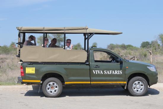 Tremisana Game Lodge: Safari Car