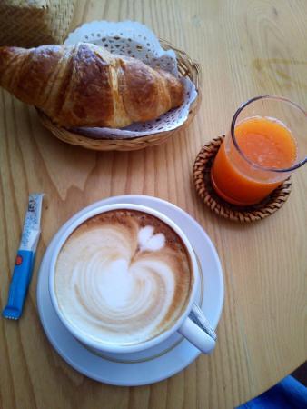Cafe Sinouk - Rue Bourichane