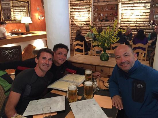Champex, Suisse : cena en el restaurant del Hotel Du Glacier