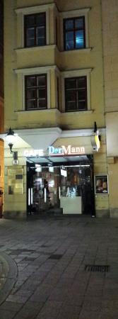 Cafe Der Mann