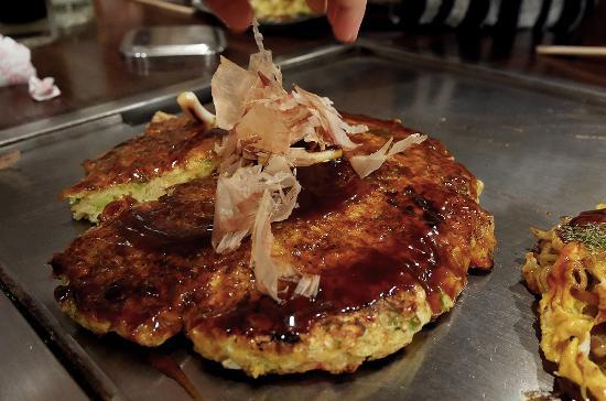 Okonomiyaki Kiraku Sanjo Honten
