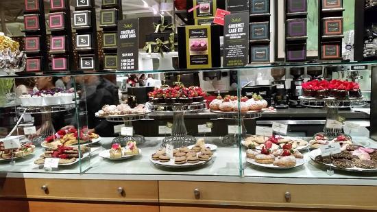 Extraordinary Desserts: Extraordinary