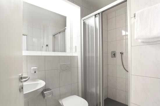 Hotel Am Moosfeld: Badezimmer