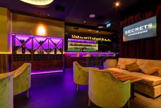 Secrets Lounge&Wine