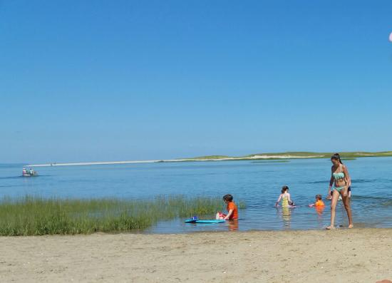 Γιάρμουθ Πορτ, Μασαχουσέτη: Shallow water at Gray's Beach
