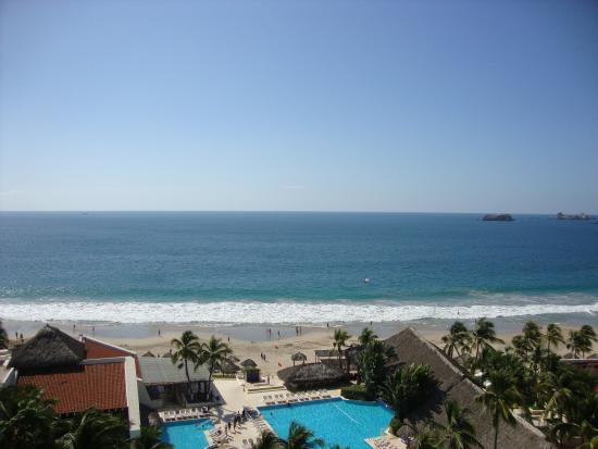 Park Royal Ixtapa: Looking directly out of the room. We were on the 18th floor.