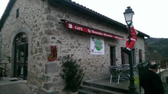 Boisset, Francia: le café restaurant