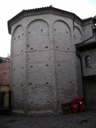 Chiesa e Loggia di San MIchele