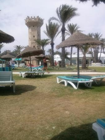 Club Rosa Rivage: teren hotelu