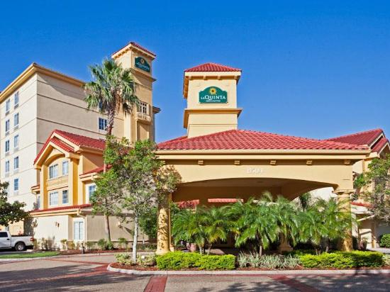 ‪‪La Quinta Inn & Suites Orlando Convention Center‬: Exterior‬