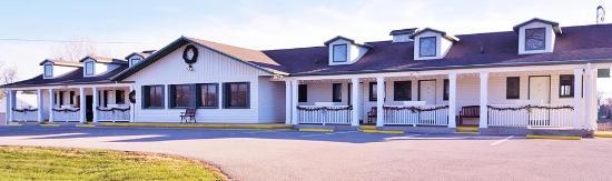 แฮมพ์ตัน, ไอโอวา: A Charming Country Motel