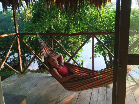 Abundancia Amazon Eco Lodge : Hammocks on our room's private deck