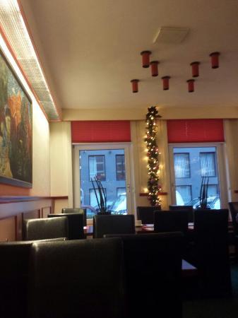 Nicolaas Witsen Hotel: Sala colazione e corridoio del 3 piano.