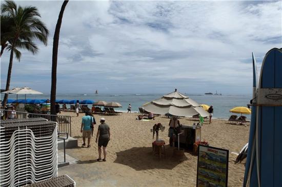 Waikiki Shore: Пляж