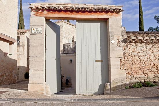 Crillon-le-Brave, Francia: Entrance to Les Portes de Crillon